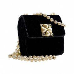 09673585e75d40 ainifeel handbags chanel #Chanelhandbags Chanel Clutch, Burberry Handbags,  Chanel Handbags, Chanel Bags