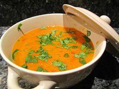 Soupe de lentilles corail à l indienne mmmh (avec un chapati!)