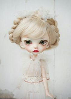 Trisha by Karolin Felix