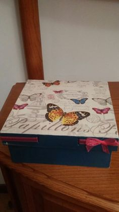 Caja con mariposas