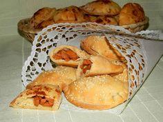 Pirohy Bread, Food, Brot, Essen, Baking, Meals, Breads, Buns, Yemek