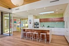 Photo 15 of 24 in Avocado Acres House by Surfside Projects - Dwell