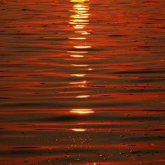 Show Off - Mcgregor Bay Georgian Bay Ontario Canada #art #photography #abstract #naturesabstract #water