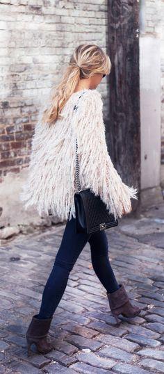 Manteau blanc #look #style #actu #mode #beaute #tendance #fashion #BelledeJour #BelledeNuit #myfashionlove www.myfashionlove.com