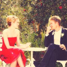 Lucas and Peyton. I want a love like theirs. <3