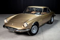 For Sale: 1967 Ferrari 330 GTC, Listing ID: 3846, $599,000 #1967Ferrari330GTC #Ferrari330GTC #ClassicVehicles #OldtimersOffer Italy In November, Porsche 911 S, Classic Cars Online, Water Crafts, Motor Car, Dream Cars, Convertible, Ferrari, Transportation