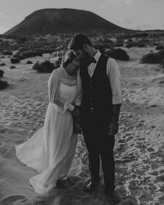 Black and white sunday i guess! Only a few more weeks and i'm on La Graciosa again. Can't wait!!