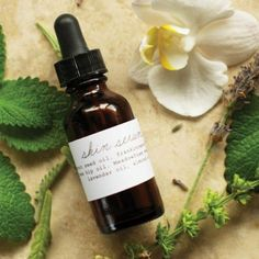 Make your own anti-aging skin serum using essential oils