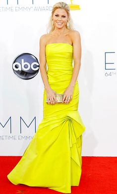 Julie Bowen at the 2012 Emmy Awards