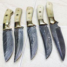 HANDMADE DAMASCUS STEEL Knife