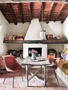 Bohemian rustic house in Ibiza with a lot of charm for the unexpected. Rustic Fireplaces, House Design, Rustic Space, Global Home, Rustic Bohemian, House Beds, Bohemian Chic Home, Cosy Fireplace, Rustic House