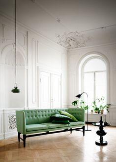 Crown molding, green sofa, arched windows, beautiful home interior design via HEADPEACELOVE Decor, Furniture, Green Sofa, Interior, Gorgeous Interiors, Home Decor, House Interior, Copenhagen Design, Elle Decor