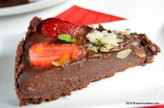 Tarta cu capsuni si ciocolata fara coacere Savori Urbane (26) Easter Pie, Something Sweet, Food Photography, Deserts, Food And Drink, Sweets, Cooking, Pie, Bakken