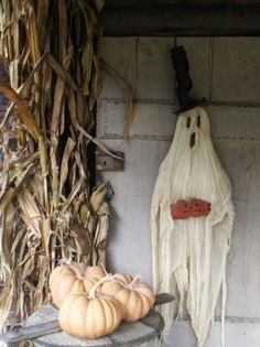 What a great ghost for the porch.  |  Picture Trail