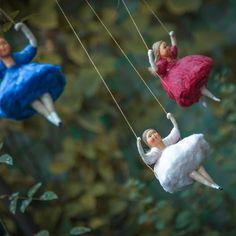 А вы уже знаете, что 2018 год в России будет посвящён русскому балету и 200-летию Мариуса Петипа? Поделюсь с вами моими успехами в балете #сказкинаёлке#елочныеигрушкиизваты#ватныеигрушки#подарок#скороновыйгод#елочныеигрушкиизваты#spuncottonornaments#балерина#ballet Christmas Tree Tops, Christmas Art, Vintage Christmas, Christmas Ornaments, Ornaments Ideas, Dresden, Tree Drawing Simple, Willow Tree Wedding, Paper Mache Animals