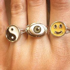 24 Forgotten Items '90s. Novelty rings