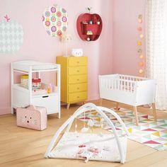 Une nursery colorée