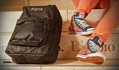A Clases con Onda - Tiendas Abacaxi - Córdoba Argentina Jansport, Backpacks, Bags, Fashion, Pine Apple, Waves, Argentina, Handbags, Moda