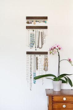 laiton et bijoux en bois marron présentoirs trois par fairlywell
