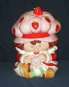 Strawberry Shortcake Candy Jars, Candy Dishes, Strawberry Shortcake Cookies, Biscuits, Antique Cookie Jars, Ideas Prácticas, Vintage Cookies, Cute Cookies, Ceramic Decor