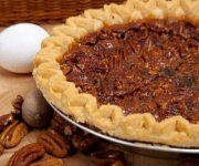 Try this easy Homemade Pie Crust Recipe, which will help you make a yummy pie crust the entire family will love! This recipe makes the very best pie crust! Easy Pie Recipes, Pie Crust Recipes, Other Recipes, Dessert Recipes, Dessert Ideas, Old Pecan Pie Recipe, Chocolates, Chocolate Espresso, Chocolate Chips