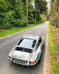 Always a pleasure to drive this car! . . #porsche #porsche911 #porscheporn #porsche911sc #911r #heckmotorsportwagen #getoutanddrive #911…