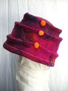 An overview of Pelske' (Els Martens) best designs of handmade felt hats. Nuno Felting, Needle Felting, Felt Hat, Wool Felt, Old Sweater, Cool Hats, Handmade Felt, Hand Warmers, When I Grow Up
