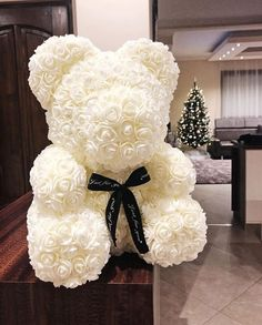 Real flowers are nice and all, but have you seen the Rose Bear? : Impress your loved ones, girlfriends, significant others, with the most beautiful Handmade Rose Bear. More than 100 Roses are individually crafted and shaped to create each Rose Bear. Bunch Of Flowers, Real Flowers, Beautiful Flowers, Best Valentine Gift, Bear Valentines, Valentines Surprise, 100 Roses, Diy Rose, Deco Baby Shower