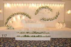Mehendi decorations The Effective Pictures We Offer You About winter wedding decorations A quality picture can tell you many things. You can find the most beautiful pictures that can be presented to y Wedding Backdrop Design, Wedding Hall Decorations, Wedding Stage Design, Desi Wedding Decor, Wedding Reception Backdrop, Arch Wedding, Wedding Mandap, Wedding Receptions, Boho Wedding