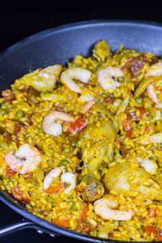 Paella Pizza Muffins, Healthy Recepies, Spanish Cuisine, Danish Food, Recipes From Heaven, Tapas, Food To Make, Curry, Food And Drink