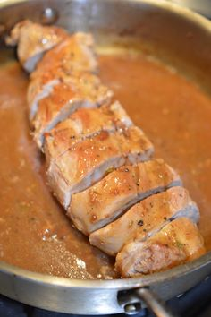Lili popotte: Filet de porc sauce à l'orange Pork Recipes, Chicken Recipes, Cooking Recipes, Pork Tenderloin Marinade, Confort Food, Ricardo Recipe, Pillsbury Recipes, How To Cook Beef, Pork Ham
