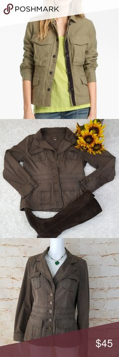 "Nordstrom Caslon cargo utility army blazer jacket Excellent condition no flaws Caslon Army utility blazer with functioning cargo pockets. Super versatile and flattering shape. Great for fall! 20"" across from armpit to armpit and 24"" long from shoulder to hem army green color Caslon Jackets & Coats"