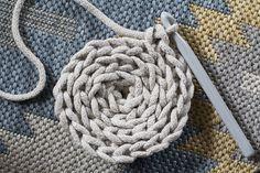 Gu tworzy: DIY: Jak zrobić dywanik ze sznurka na szydełku?