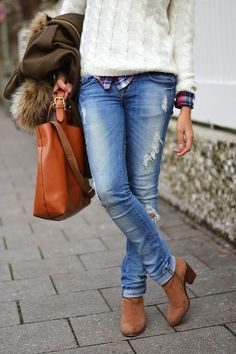 cute plaid with cream cable sweater... but why does every outfit have to have the jeans torn??? I guess I'm getting old!