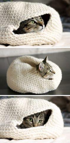 Easy Crochet Cozy Nest for Your Cat.