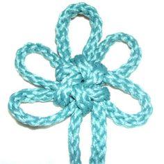 Brocade Knot