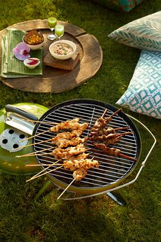 Grilling Tips: Turn Off That Oven! Grilled Turkey Recipe for Thanksgiving Grilled Turkey, Window Grill, Grilling Tips, Kabobs, Charcoal Grill, Turkey Recipes, Banana, Outdoor Decor, Charcoal Bbq Grill