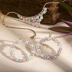 Fotografia de joias e artigos de luxo. Atendemos em todo o Brasil. #fotografia #jewelsphotographs #jewelrygram #jewelryaddict #earrings #gemstones #instajewelry #necklace #pendants #advertisement #rafaelhabermann #fotografiaprofissional