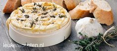 Camembert from the oven Dutch Recipes, Oven Recipes, Snack Recipes, Cooking Recipes, Recipies, Brie, Fondue, Salsa, Sandwiches