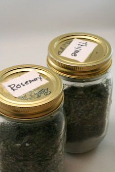 How to Freeze Fresh Herbs: Rosemary and Thyme by kalynskitchen #Herbs #Freese #kalynskitchen