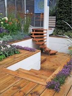 Wood is Most Common Material for Decking - Home and Garden Design Idea's