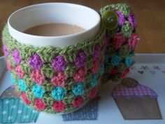 Lucy 'In the sky': Crochet Mug Cosies - Free Patterns