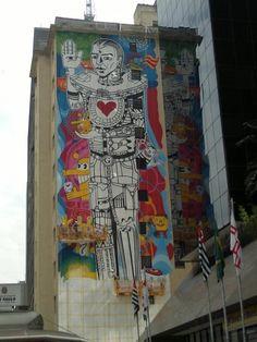 Grafite gigante na Paulista « Catraca Livre – São Paulo Grátis