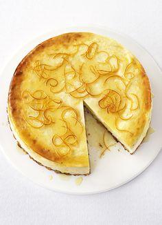 Lemon and vanilla cheesecake with candied lemon peel