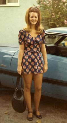 First Day of Senior Year, 1971 long flip, check, short dress, check, ok looks like we are ready to go...