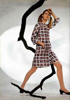 Nina Ricci L'Officiel magazine 1967