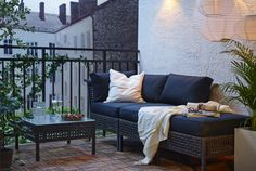 Brown KUNGSHOLMEN seat with grey cushions; - my personal balcony lounge - Design Rattan Furniture Interior Balcony, Balcony Design, Garden Design, Outdoor Dining Furniture, Lounge Furniture, Rattan Furniture, Garden Furniture, Furniture Decor