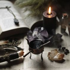 ✍Every day, I strive to acquire more knowledge of Wicca and other forms of witchcraft. My goal is to pass on this information to my children and others who wish to learn✍ Samhain, Mabon, Kitchen Witch, Meditations Altar, Wiccan, Magick, Witch Cottage, Forest Cottage, Witch House