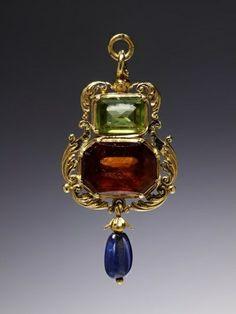 Joalharia Renascentista - é marcada pela disposição simétrica das peças,pela relação de escalas e pela ordem em que as pedras se encontram dispostas na jóia.