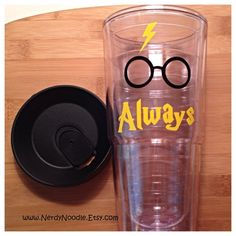 Such a fun drink tumbler! from NerdyNoodle on Etsy...Makes a great gift for the Harry Potter Fan! The tumbler shown in the picture is 24 oz.  This insulated drink tumbler is